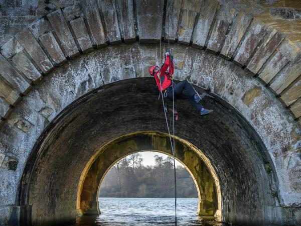 Abseiling Ecologists monitor our Grand Bridge's rare bats
