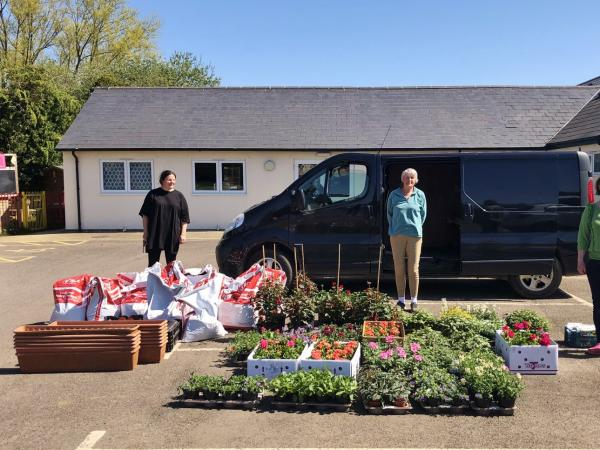 We're supporting the Long Hanborough Grow-athon